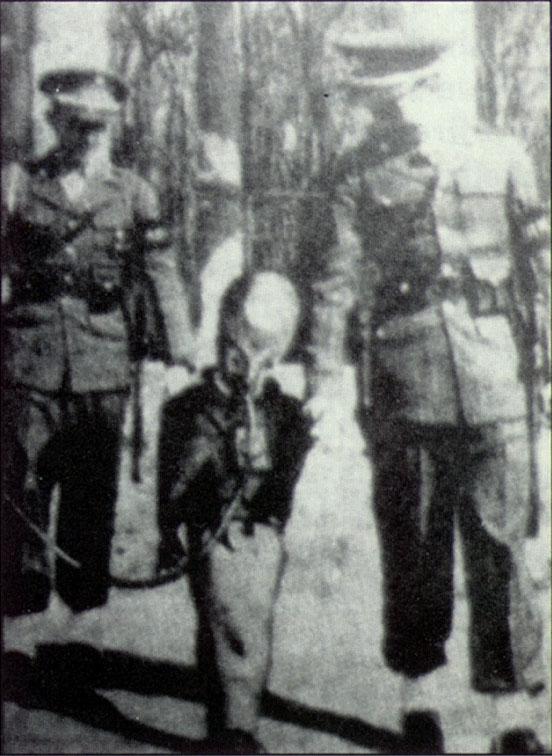 alienonrope1940s5ge fotos de alienigenas