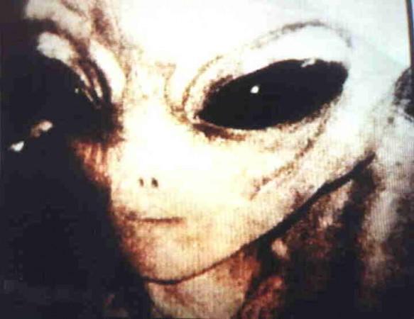eben e1289755436162 fotos de alienigenas
